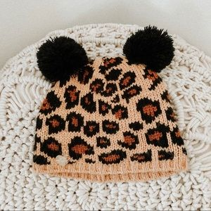 Betsey Johnson cheetah print knit pom pom hat OS